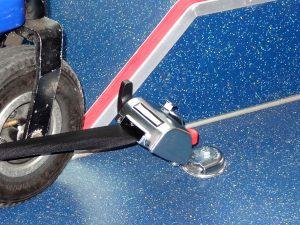 有關搭公車從輪椅翻摔,個人提小建議。